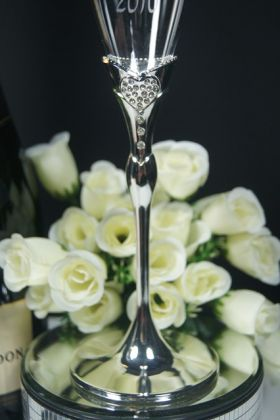 Close up of Bride Flute