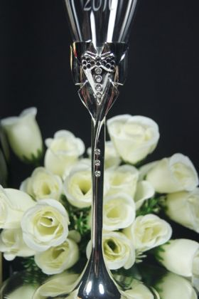 Close up of Groom Flute